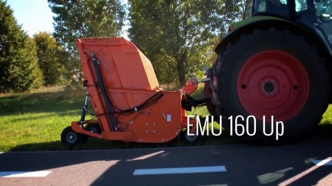 Kosiarka bijakowa SaMASZ - EMU 160 Up // Flair mower SaMASZ EMU 160 working with CLAAS tractor